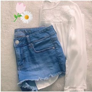 Dreamy Spring Outfit AE Denim Shorts+White Blouse